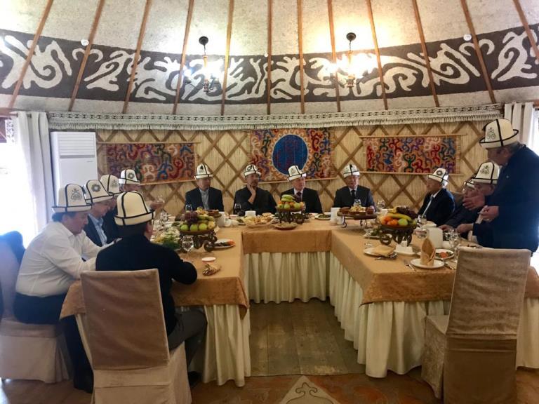Жогорку Кеңештин мурдагы 11 төрагасы өлкөдө болуп жаткан саясий кырдаал боюнча билдирүү жасашты
