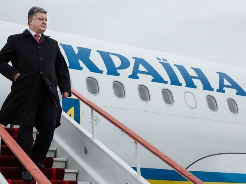 Порошенко мамлекеттик күзөт кызматынан баш тартып, Украинадан үй-бүлөсү менен чыгып кетти