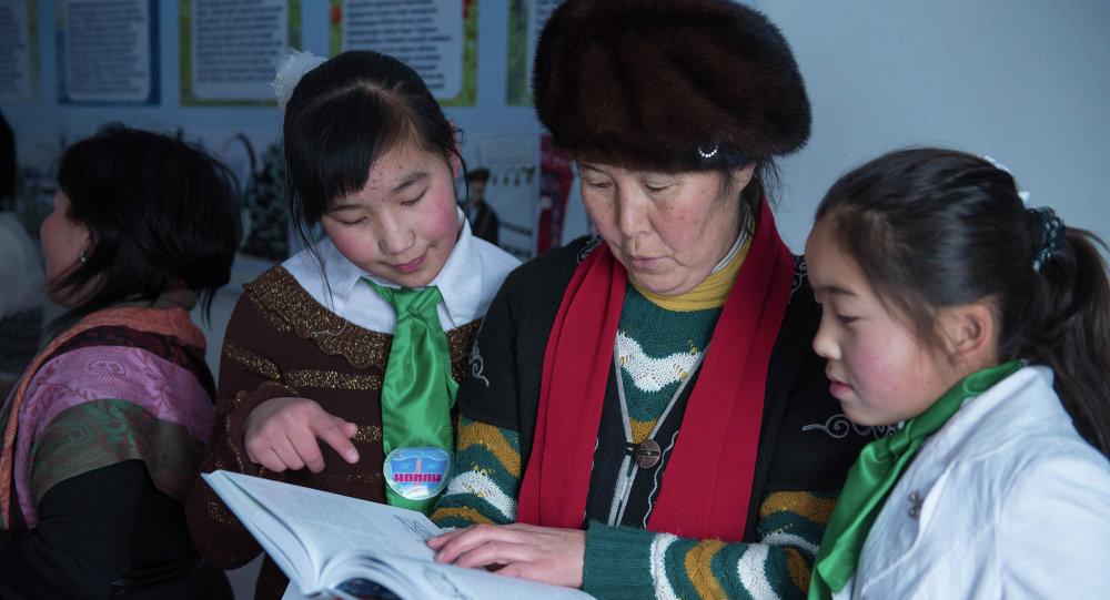 Өлкө бюджетинен билим берүү чөйрөсүнө 29,3 млн сом каралган, анын 74,8% айлык акыга жумшалат
