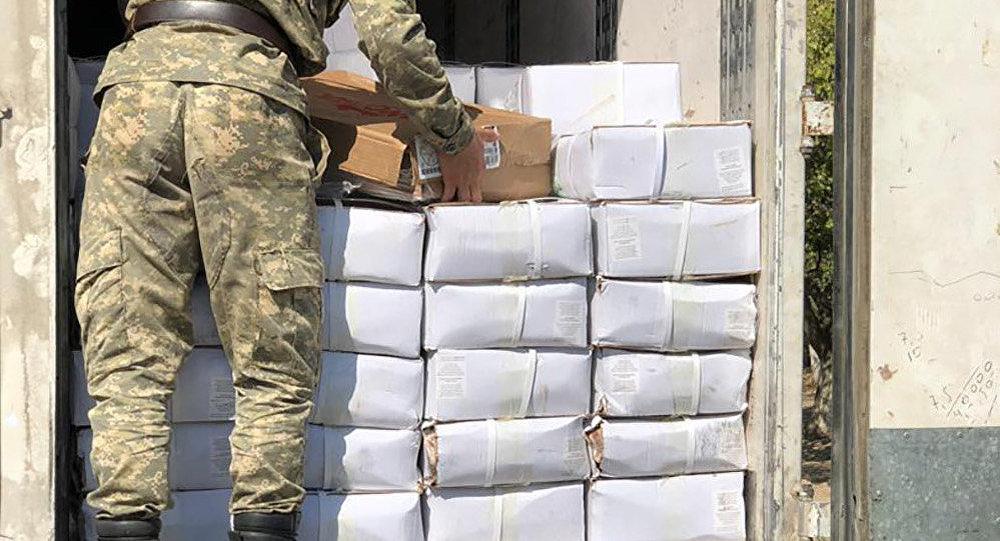 Баткенде аткезчилик жол менен ташылып бараткан 317 миң сомдук жүк кармалды