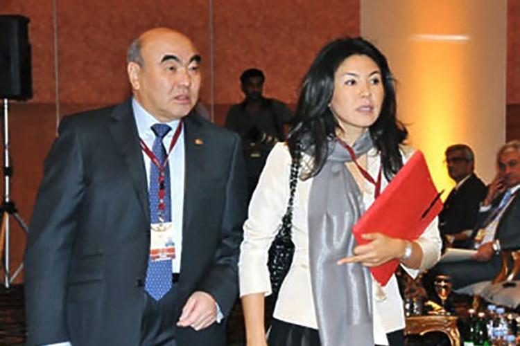 Аскар Акаевдин кызы Бермет Акаева Кыргызстанга келгени айтылууда