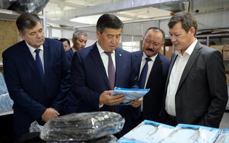 Президент: Атамекендик товарларды чет өлкөлөрдүн рынокторуна чыгаруу маморгандар менен бизнестин биргелешкен милдети