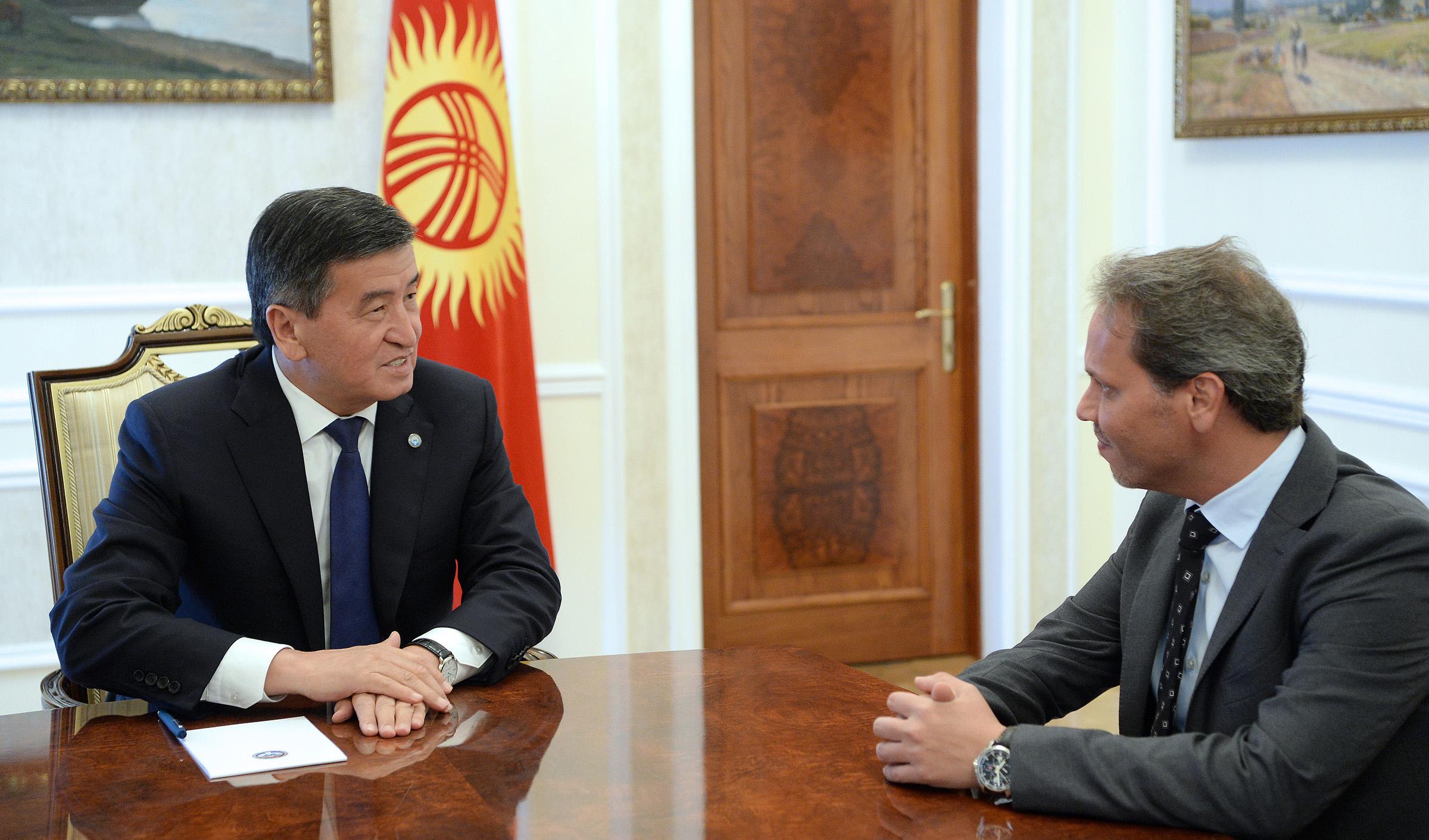 Сооронбай Жээнбеков: Кыргызстан чет элдик инвесторлор үчүн ар дайым ачык