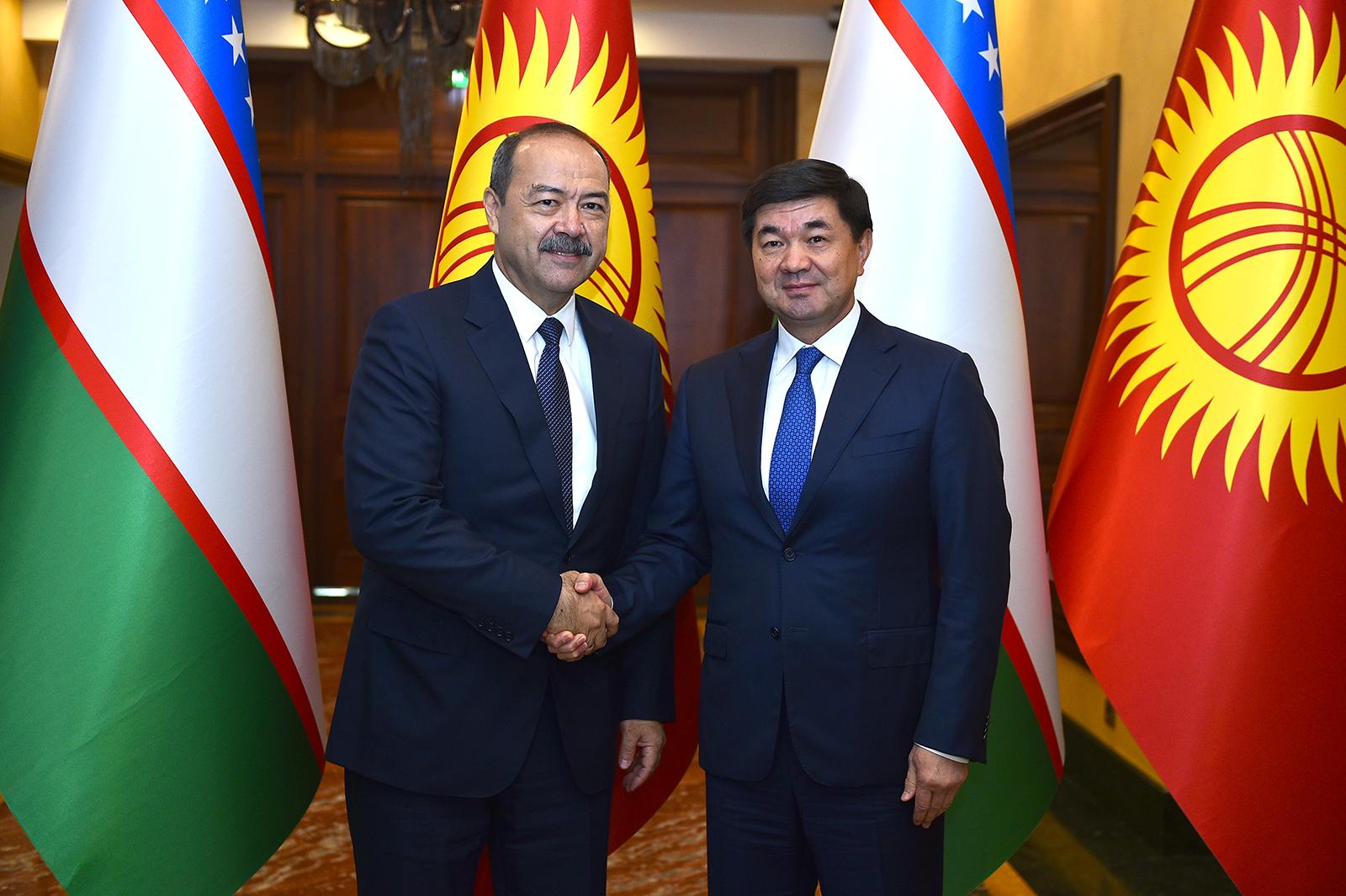 Кыргызстан жана Өзбекстан эки өлкө ортосундагы товар жүгүртүүнү  500 млн долларга жетикирүүнү айтышты