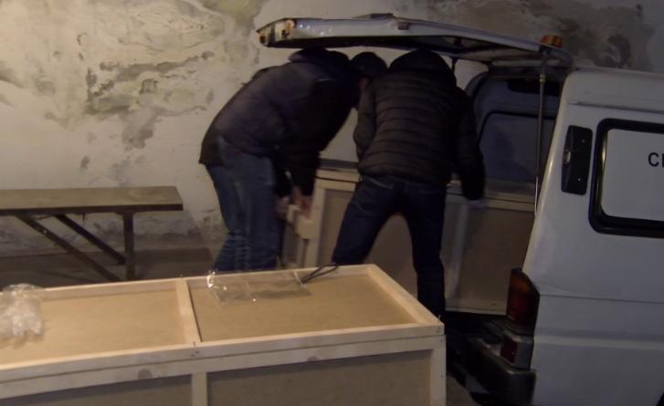 Казакстанда жол кырсыгынан каза болгондордун сөөгү алынып келинди