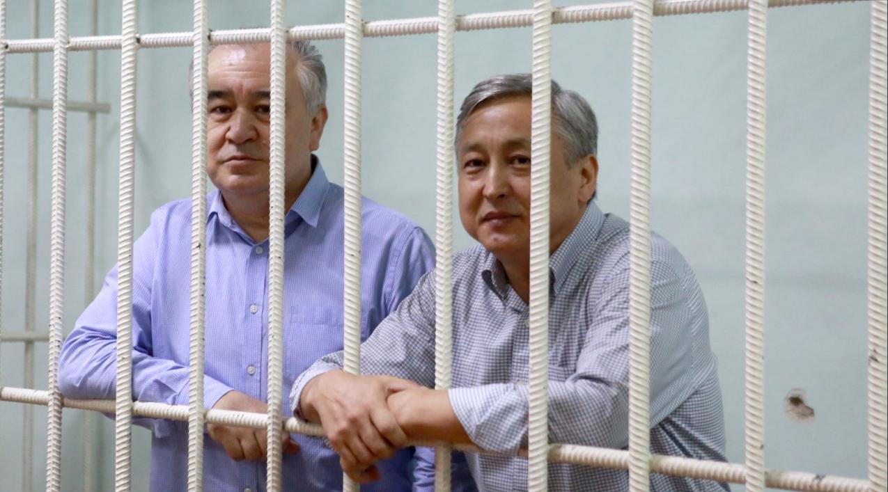Эртең Текебаев менен Чотоновдун соту жабык өтөт