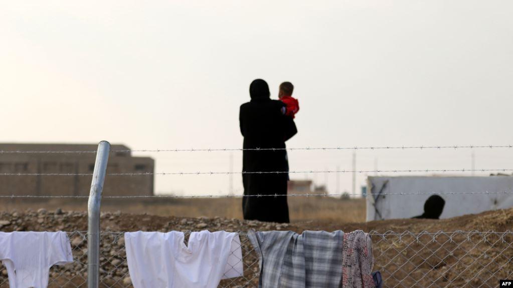 Өкмөт Иракта жүргөн 70ке жакын кыргызстандык баланы алып келет