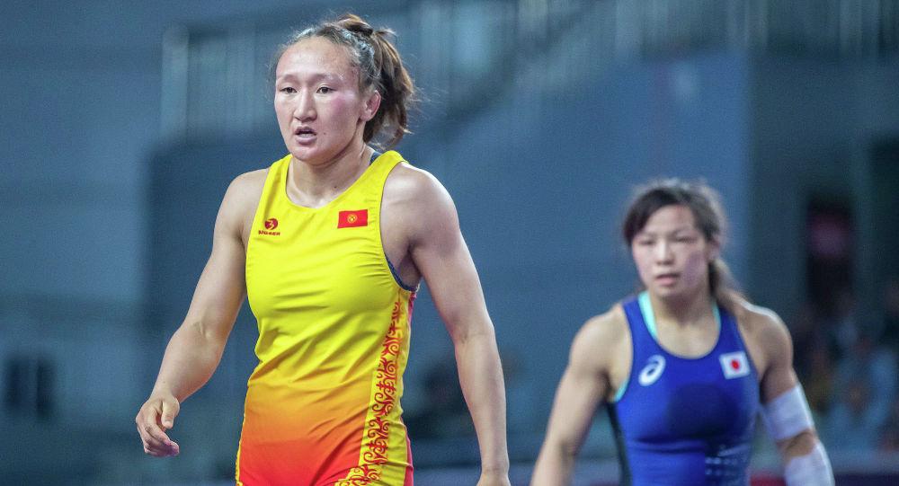 Айсулуу Тыныбекова украиналык спортчуну жеңип Олимпиадага жолдомо утту