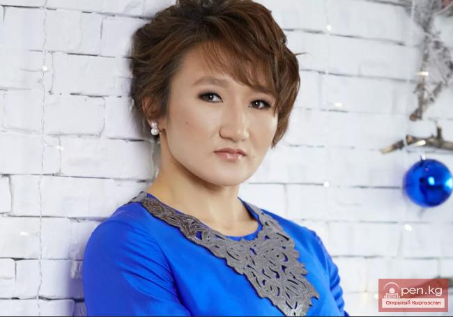Атамбаев Айсулуу Тыныбековага бриллиант шакек белек кылды (видео)