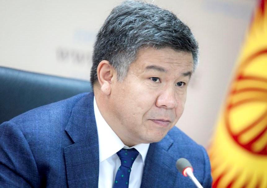 Депутат Шыкмаматов: Чет мамлекеттерде жеңил жаза менен соттолгондорду Кыргызстандын абагына алып келүү керек