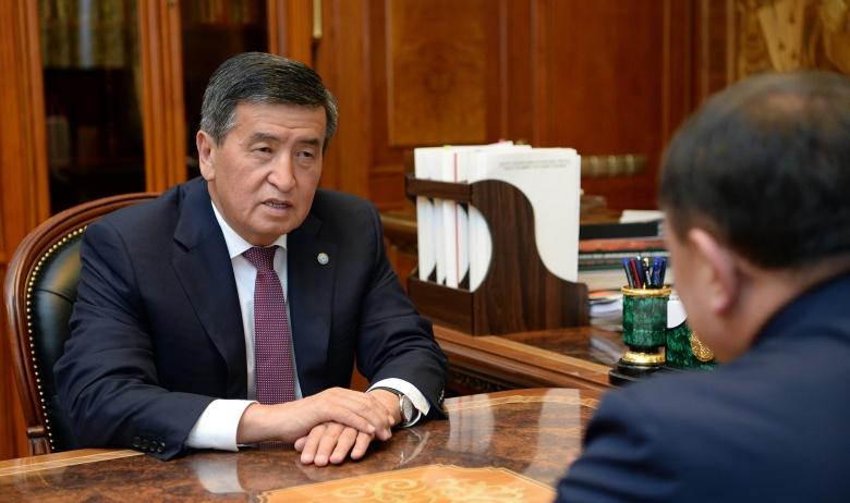 Бүгүн Сооронбай Жээнбеков Жогорку Кеңештин төрагасы Жумабеков менен жолукту