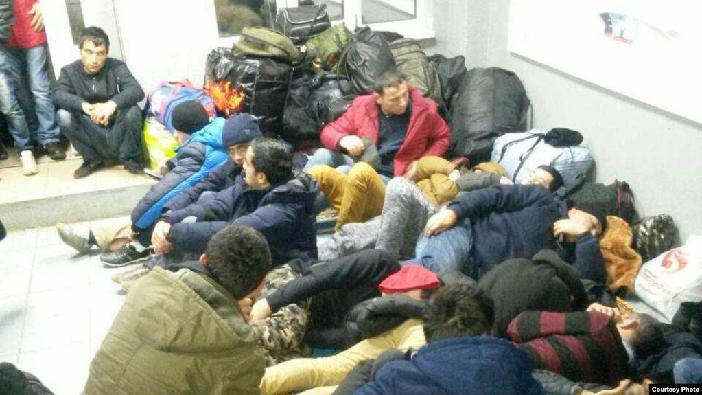Орусияда жүрүү тартибин бузган тажикстандык 80 мигрант кармалды