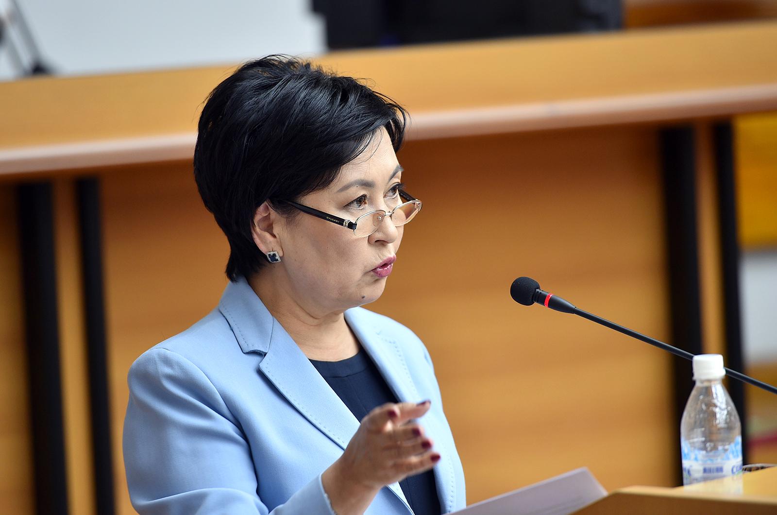 Билим берүү жана илим министри Гүлмира Кудайбердиева кызматтан алынды