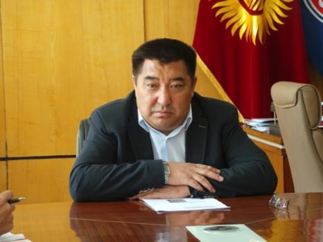 Нарын облусунун башчысы Аманбай Кайыпов кызматтан кетүү арызын жазды