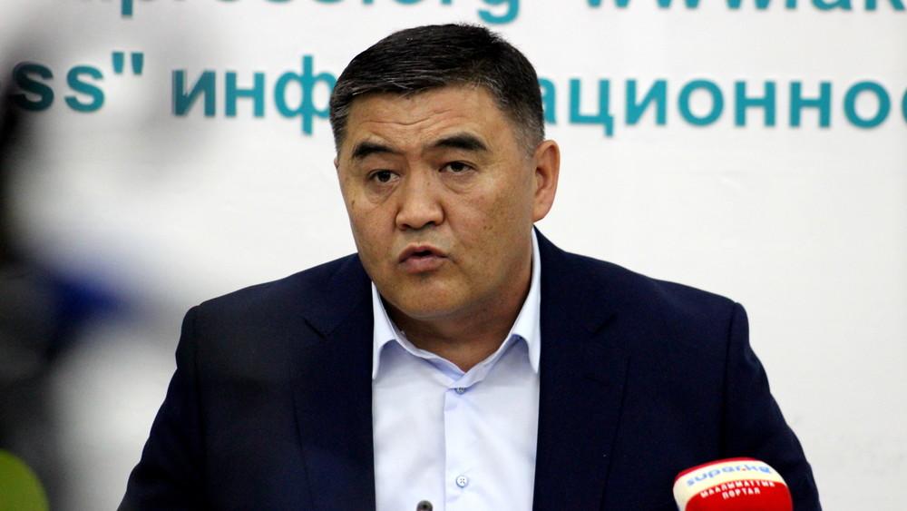 Ташиев Кыргызстандын Орусиядагы элчисине: Малаховко жооп кайтарыңыз, же сизди бийлик тыйдыбы?