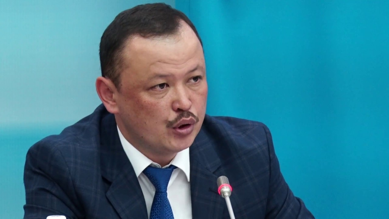 Депутат Примов: Кыргызстандын бардык аймагында уран кенин иштетүүгө тыюу салуунун кереги жок
