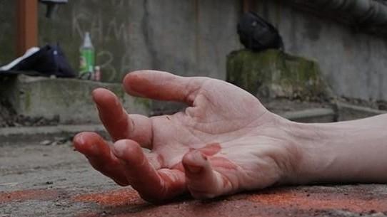 Ош шаарында 28 жаштагы жаран кан тамырын кесип салды