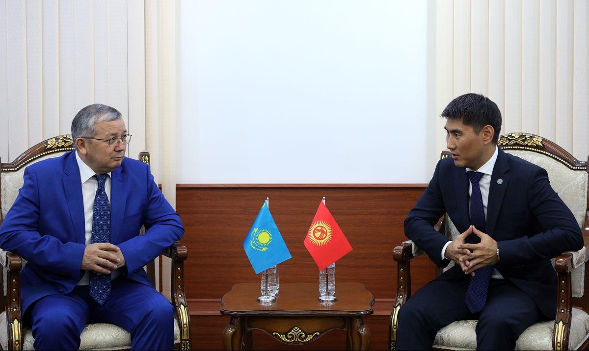 ТИМ: Казакстандын президенти Кыргызстанга боло турган мамлекеттик сапары талкууланды