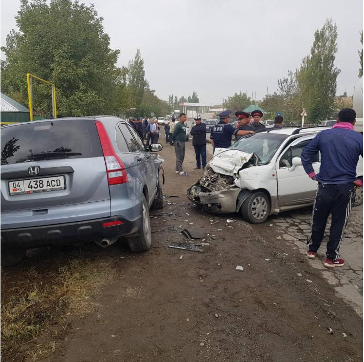 Ош-Бишкек унаа жолундагы кырсыктан эки адам каза болду