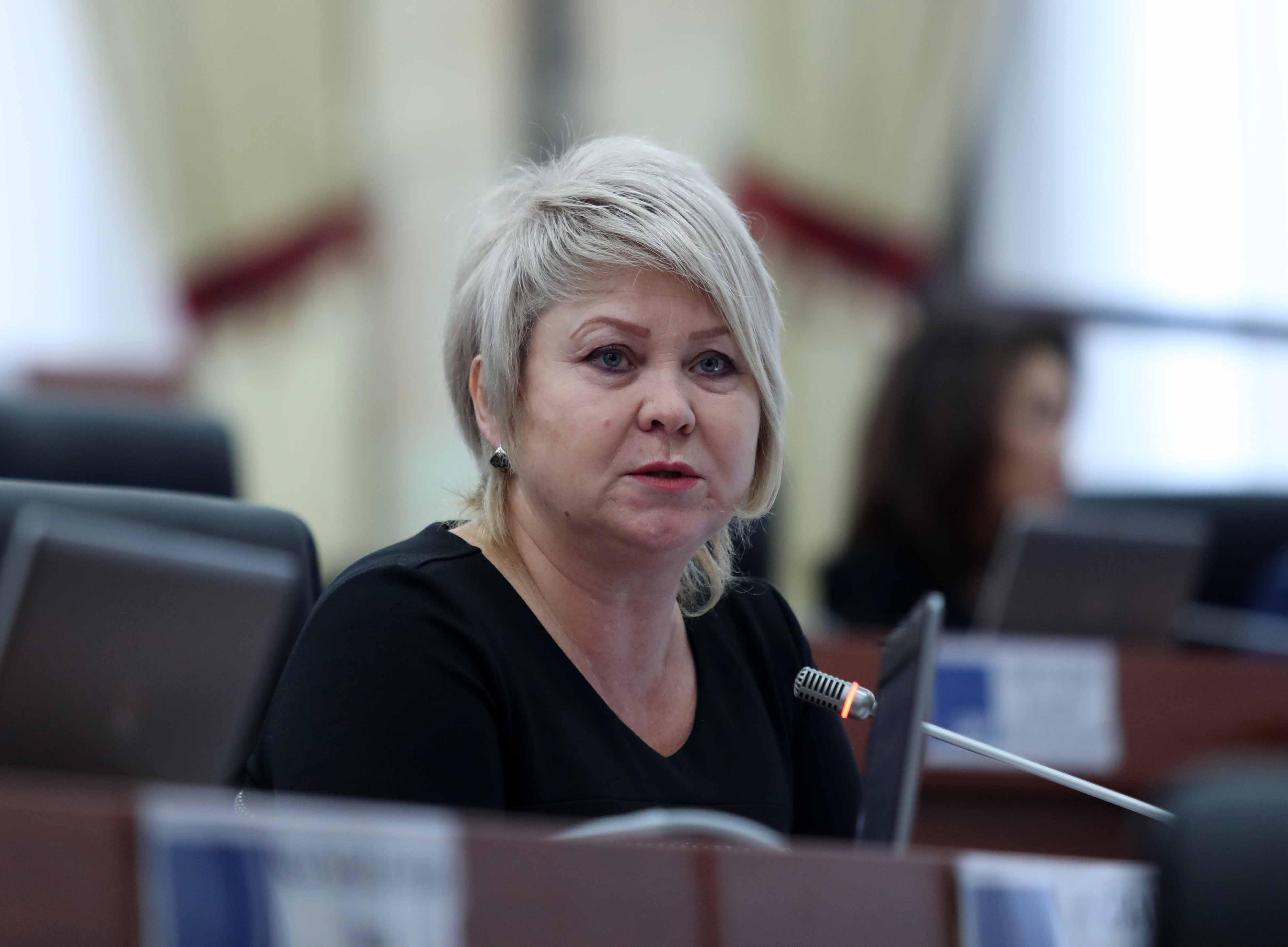 Ирина Карамушкина: Саясий куугунтукту токтотуп, Кой-Таш окуясы боюнча кармалгандарды бошотууга чакырам