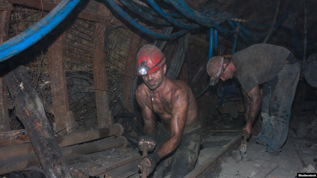 «Казакстан» шахтасында жумушчунун сөөгү көмүр төгүлгөн жерде табылды
