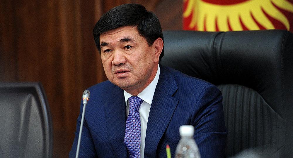 Өкмөт башчы Өзбекстанга иш сапары менен учуп кетти