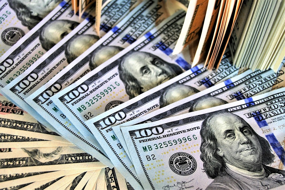 Доллар, евро, рубль… 27-январга карата валюталар курсу тууралуу маалымат