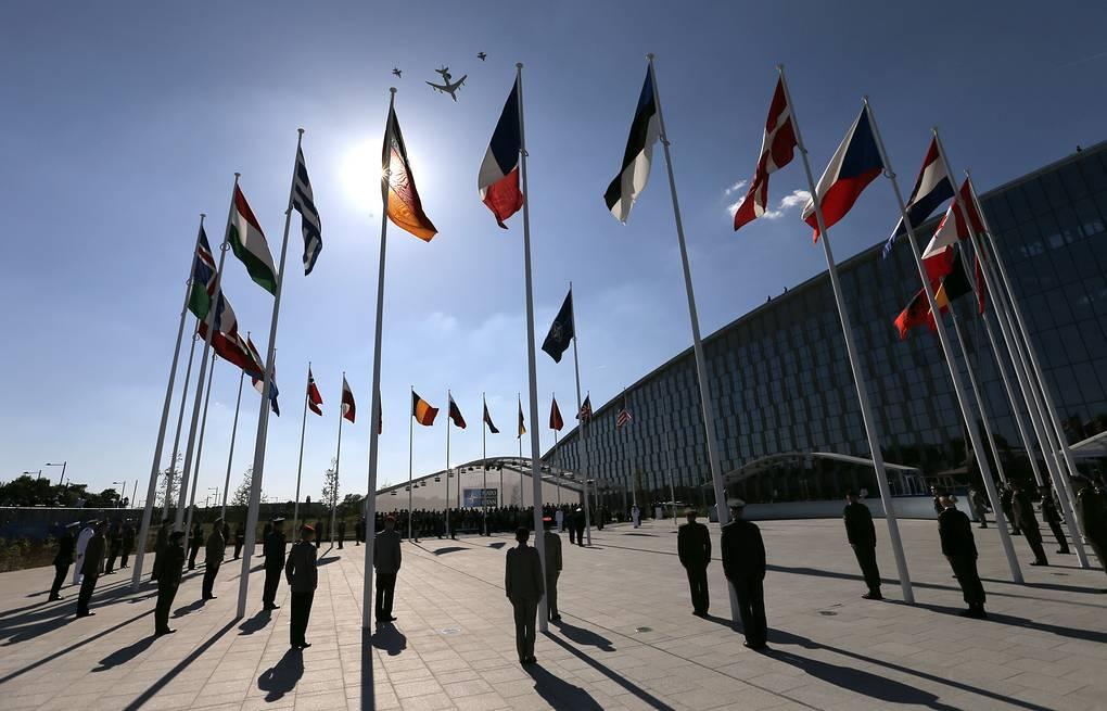 НАТОго мүчө 29 өлкөнүн лидерлери уюмдун 70 жылдыгына карата Лондонго чогулду
