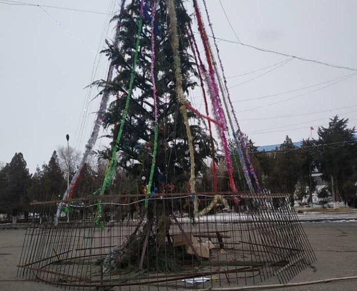 Базар-Коргон районуна орнотулган 112 миң сомдук балаты талкууга түштү