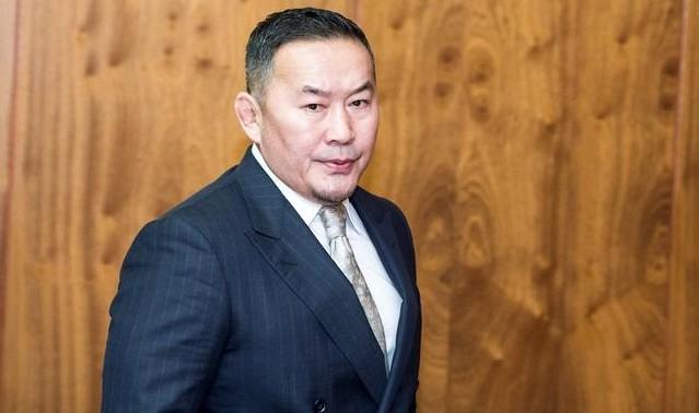 Монголиянын президенти пенсионерлердин насыясын кечти