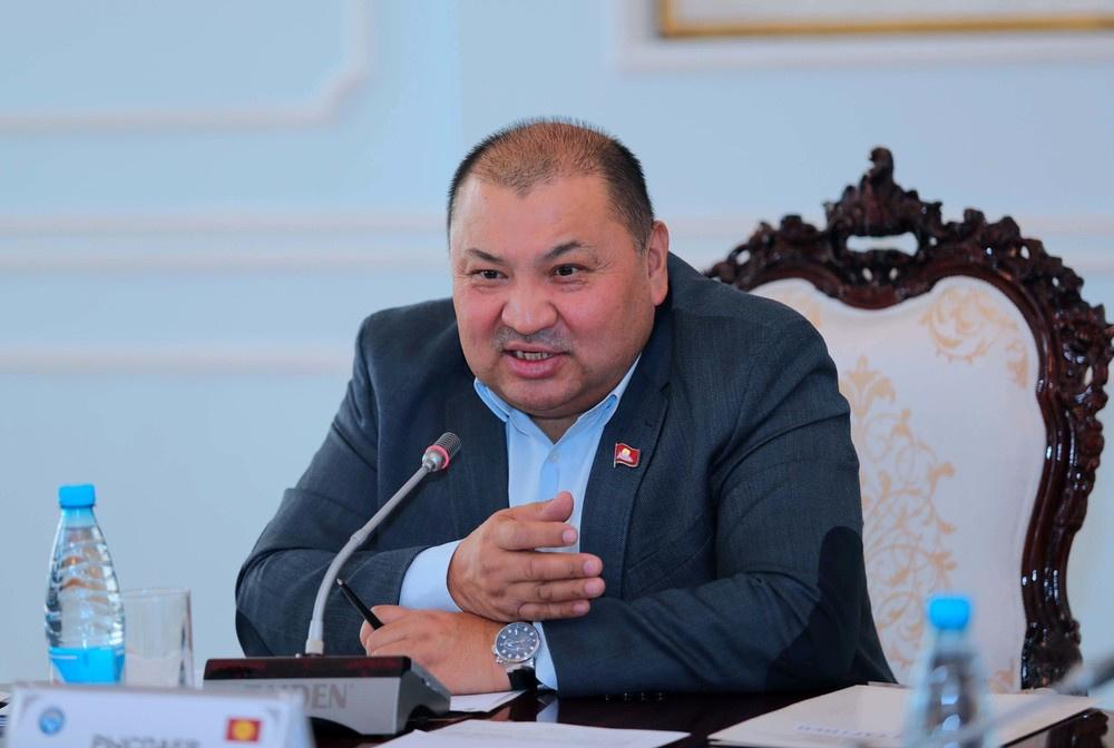 Кожобек Рыспаев Мамлекеттик тоо-кен университетинин ардактуу профессору болду