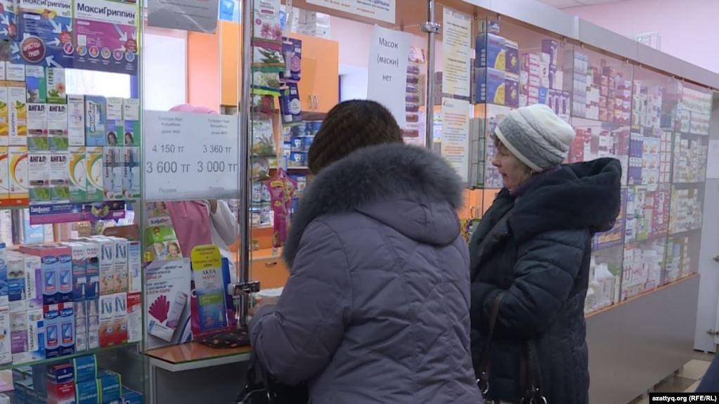 Казакстан медициналык беткаптарды чет жакка экспорттоого тыюу салды