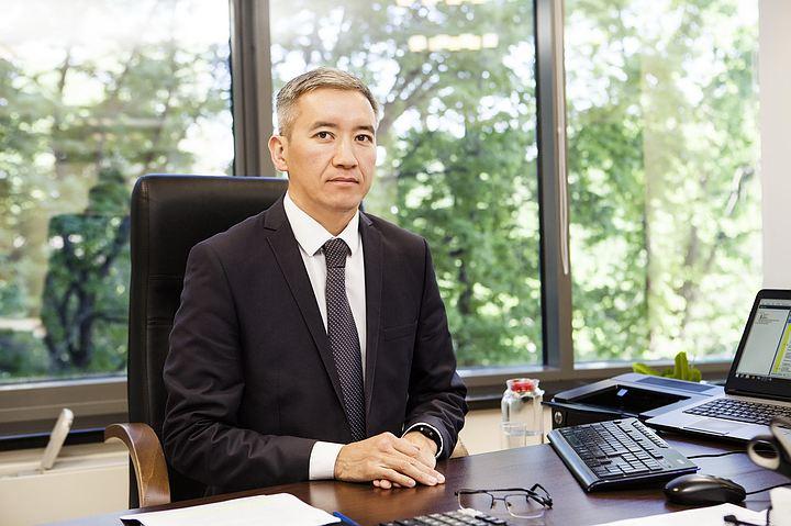 Парламент комитети вице-премьерликке Эркин Асрандиевдин талапкерлигин жактырды