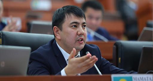 Депутат Маматалиев: Жолдо жүк ташуу тартибине көзөмөлдү күчөтүү керек