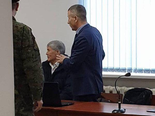 УКМК Алмазбек Атамбаевдин ден соолугу туруктуу экенин айтты