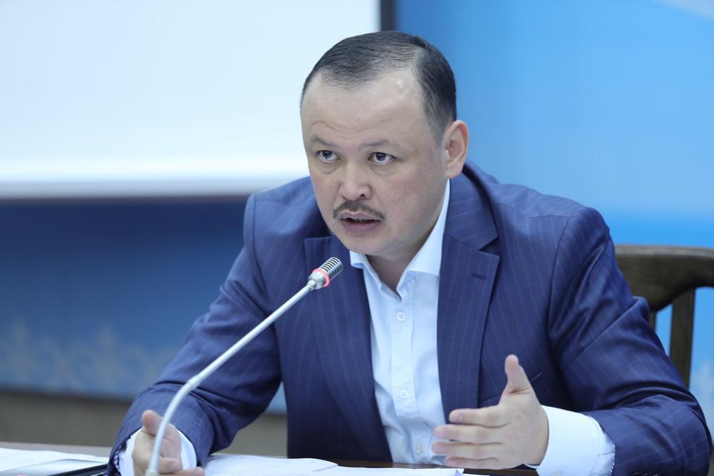 Улан Примов: Бангладеште 80ге жакын кыргызстандык мекенине кайтып келе албай жатат