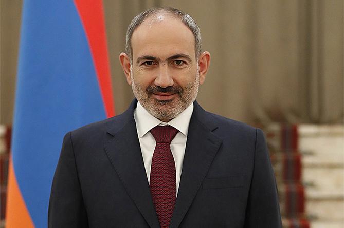 Армениянын премьер-министри Пашинян официанттан коронавирус жуктуруп алган