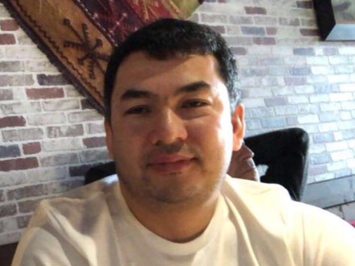 УКМК: Айеркен Саймаити Азаттыктын журналисттерине 100 миң доллар төлөп берди