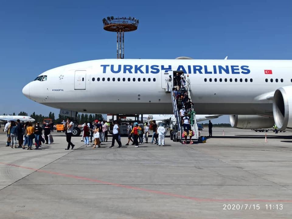 Түркиядан 330 кыргызстандык мекенине кайтып келди