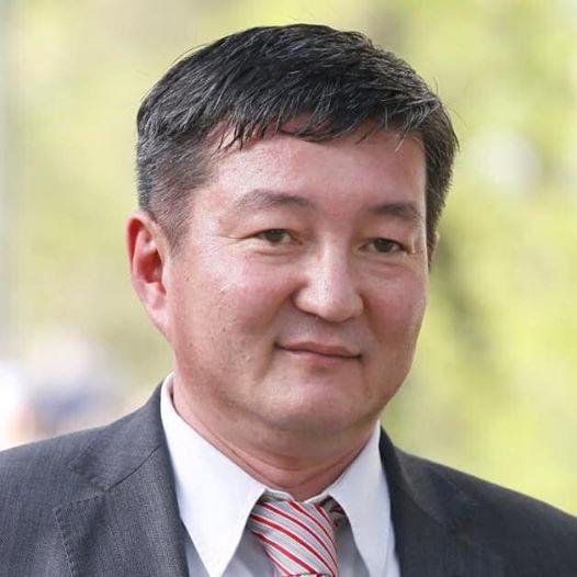 «Кыргызпочтасынын» мурунку башкы директору Айдар Мокенов каза болду