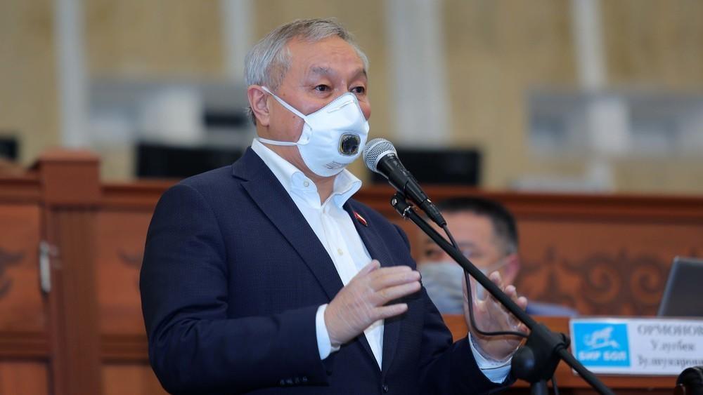 Депутат Бактыбек Турусбеков пневмониядан сакайды