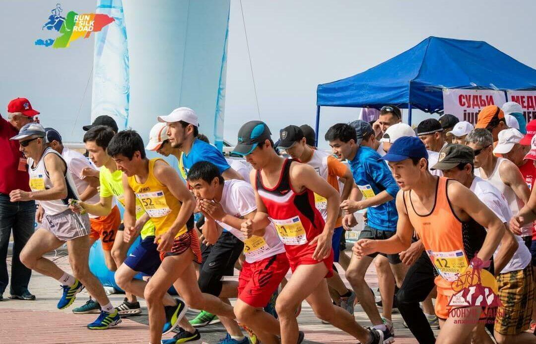 """Быйыл Ысык-Көлдө өтө турган эл аралык """"Run the Silk Road"""" марафону өтпөйт"""