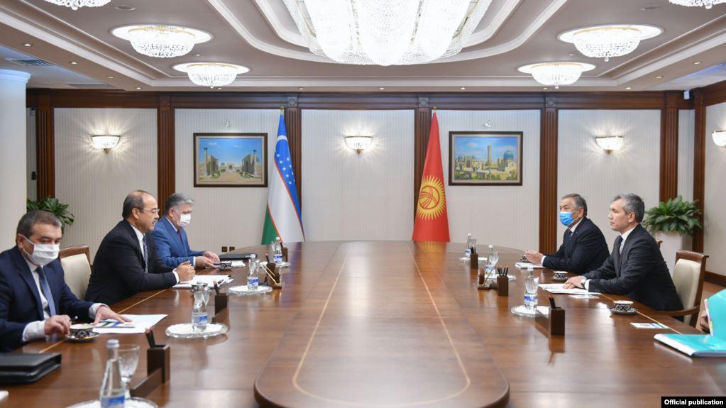 Акрам Мадумаров Ташкентте өзбек өкмөт башчысы менен жолукту
