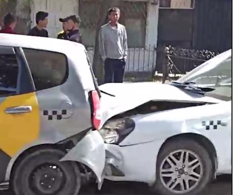 Бишкекте 4 автоунаа кагышкан жол кырсыгы болду, — видео