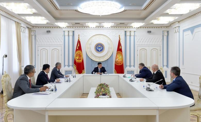Орусия Кыргызстанды COVID-19 жаңы түрүнө каршы вакцина менен камсыздоо маселесин карап жатат