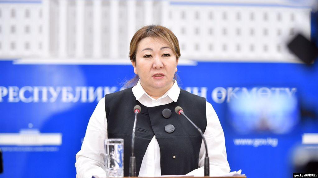 Айнура Акматова: Коронавирус жугузуп алган 144, кайтыш болгон 21 дарыгер боюнча кенемте төлөндү