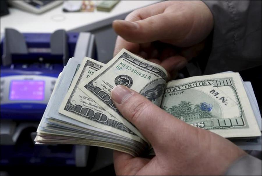 Доллардын курсу 80 сомдон ашат, — дейт «Альянс» акча алмаштыруучу бюролор ассоциациясынын өкүлү