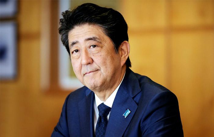 Япониянын өкмөтү толугу менен отставкага кетти