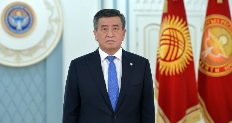 Сооронбай Жээнбеков: саясий лидерлерге тарапташтарын чыгарып кетүүнү сунуш кылам — видео