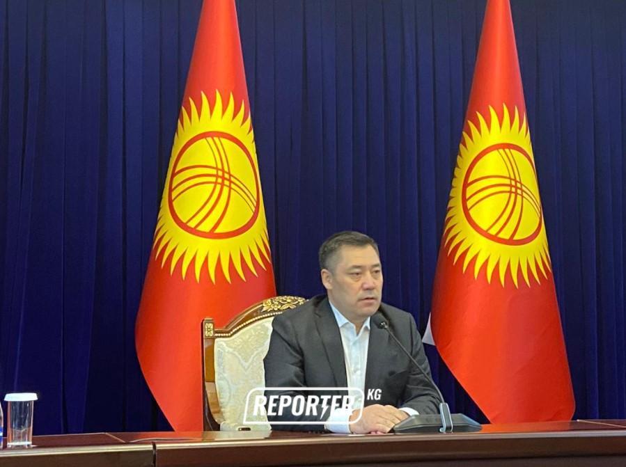 Садыр Жапаров: Алмазбек Атамбаевдин унаасын өзүнүн «охраналары» аткылаган